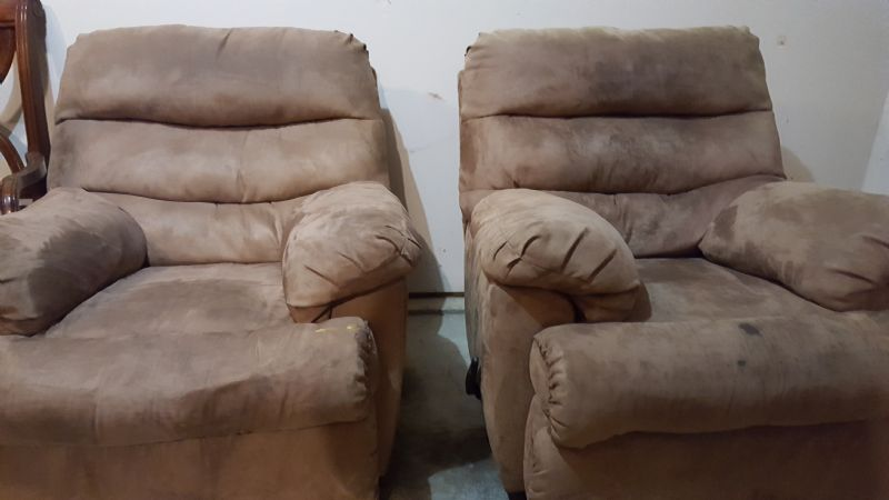 Moving Sale Furniture Furniture In Klahanie Wa