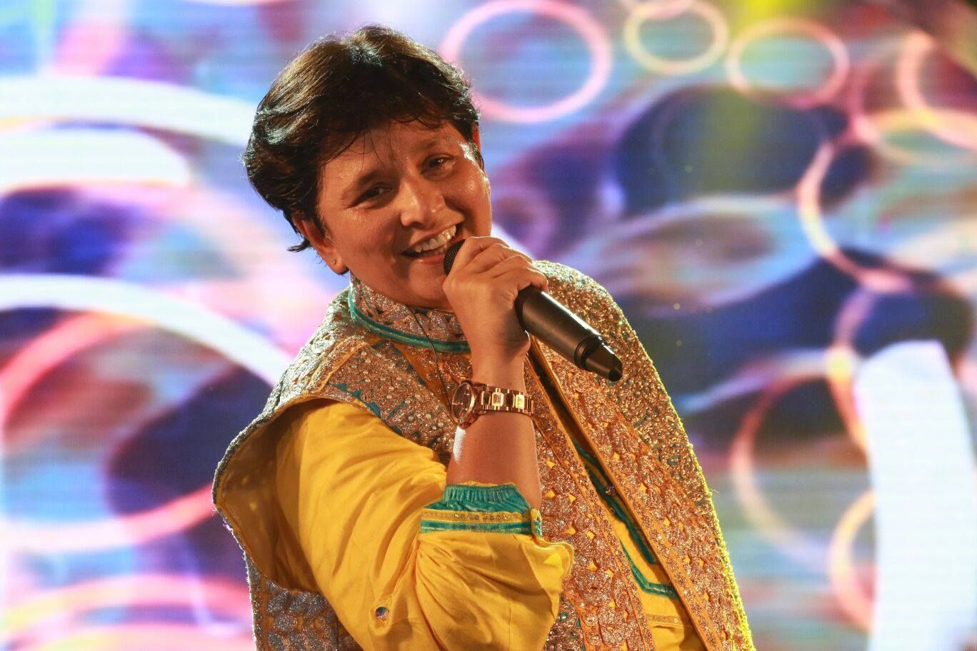 Falguni Pathak Seattle Hindi Movie Reviews, News, Articles