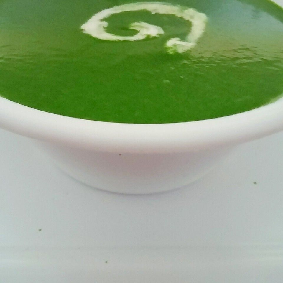 Cream of Spinach soup (Dash of cream)